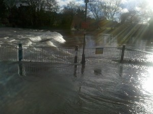 Shropshire PaddleSport: Shrewsbury's weir is running – anyone up for a paddle?